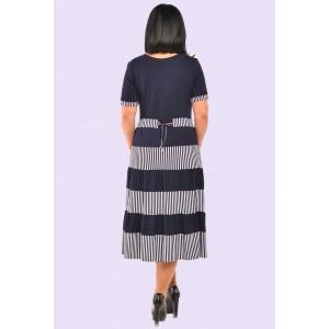 Женское трикотажное платье в полоску. Модель 062