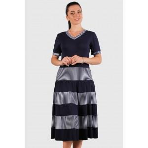 Женское трикотажное платье в полоску. Модель 262